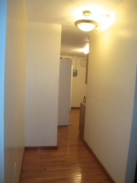 Large Studio convertible 1 Bed $2375 11/15