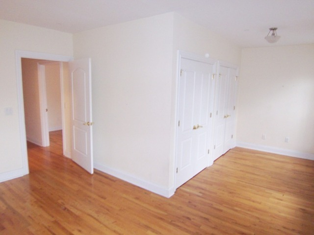 2 Bed Condo +Office Alcove @ Morningside Doorman Building
