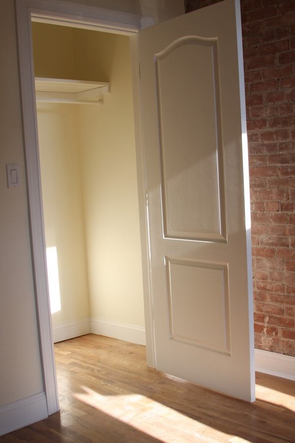 BRAND NEW SUPER SUNNY 1 BEDROOM