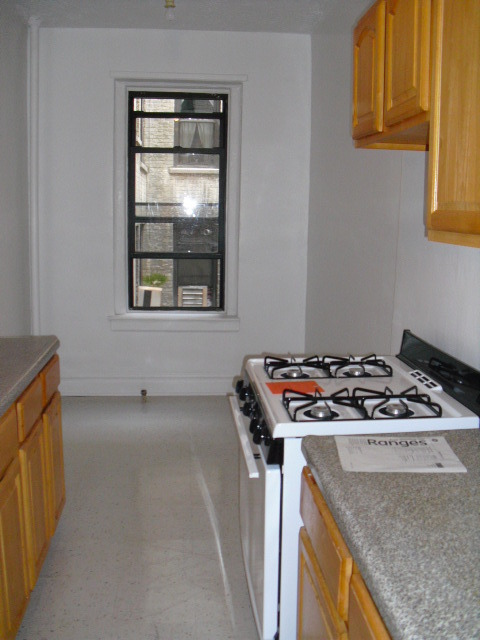 Sunny, large, nice new renovated pre-war one bedroom,pet friendly,half block to 7 train 46th street