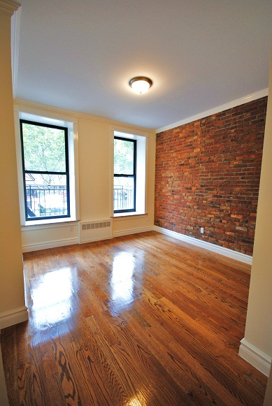 HUGE BRAND NEW LOFTED 2 BED / 1 BATH - BEAUTIFUL NEW BUILDING - PRIVATE ROOFDECK!