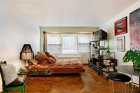 StreetEasy: 10 West 15th St. #813 - Co-op Apartment Sale at The Parker Gramercy in Flatiron, Manhattan