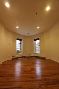 StreetEasy: 140 West 46 #2 - Rental Apartment Rental in Midtown, Manhattan