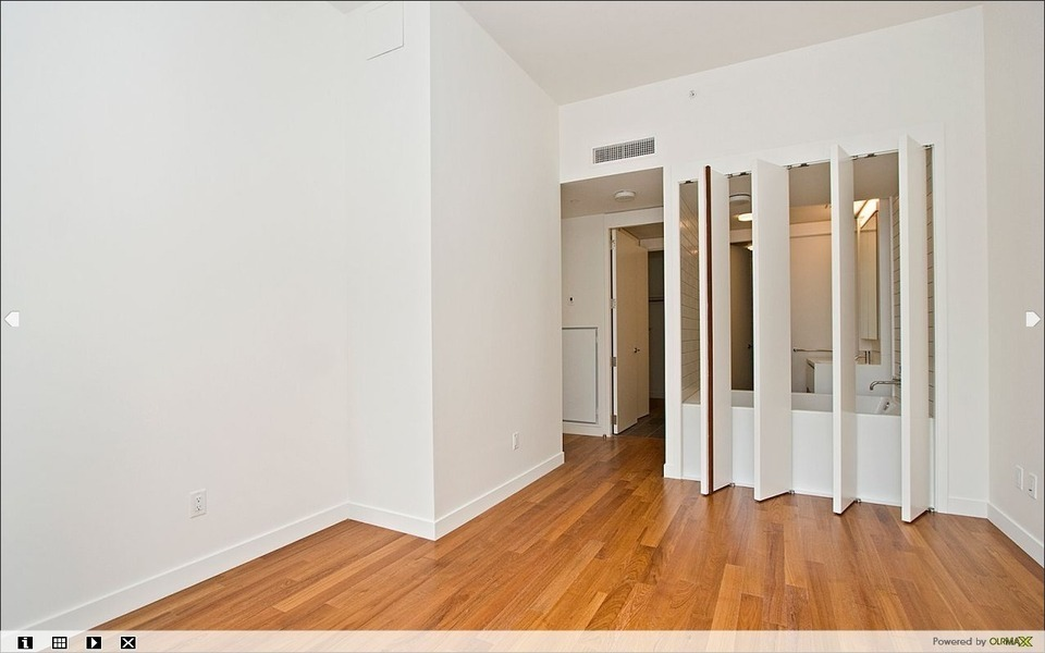 Luxury 2BR/2BATHS Available at 15 William St (William Beaver House)