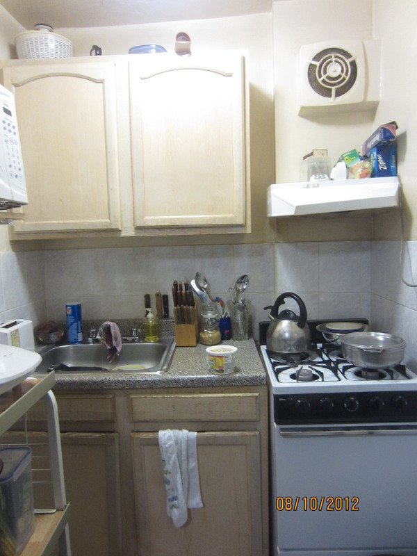 STUDIO APARTMENT IN BROWNSTONE! ORIGINAL DETAILS! NEAR A,C TRAINS! NO FEES!