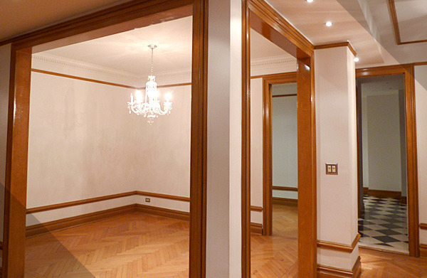 STUNNING NEWLY RENOVATED CLASSIC 6 IN PRE-WAR ELEVATOR/DOORMAN BUILDING! MUST SEE!