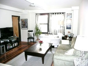 (LEASE-BREAK) SUPER JUMBO 1BR, King Size Bed, Huge Living, Walk-in Closets, 24HR Doorman, Elevator, Laundry, Pets Ok!