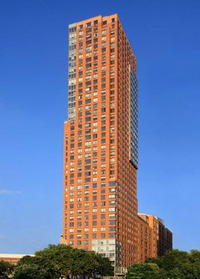 Tribeca Pointe at 41 River Terrace in Battery Park City