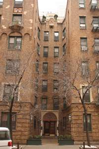 226 East 70th Street in Lenox Hill