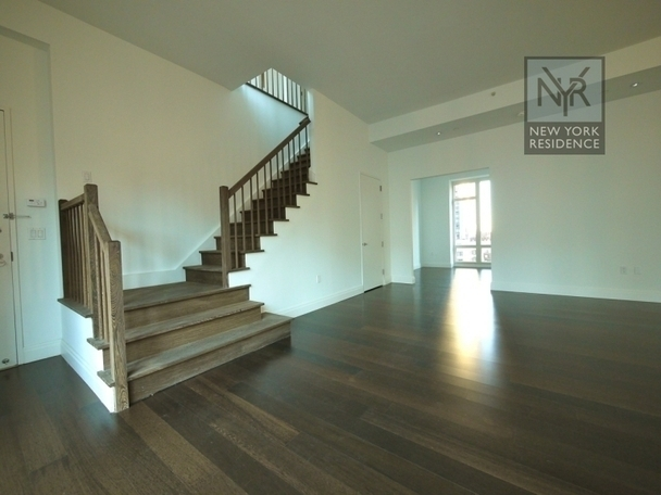 Outstanding Opportunity: Your Custom-Made Townhouse in the Sky!