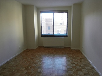 LC 1BR - Spacious 1 Bedroom Home w/ Renovated Kitchen