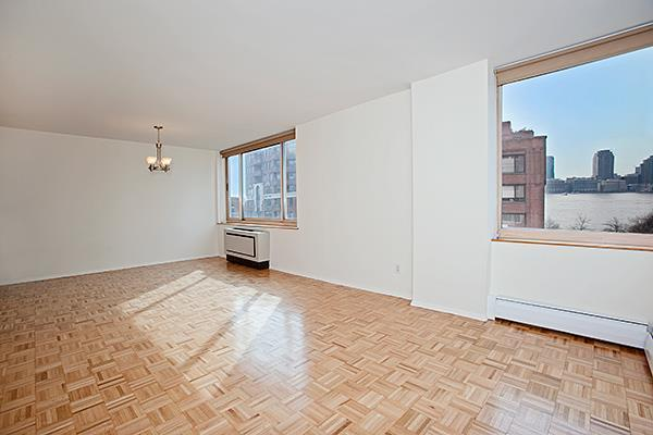 250 South End Avenue #8B