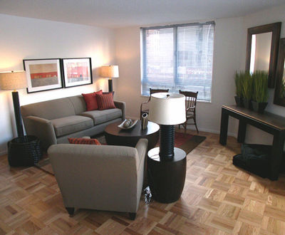 Luxurious 1 Bedroom w/ Den (Jr. 4) in Kips Bay - Live-in Super - No Fee!