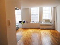 StreetEasy: 11 Maiden Ln #13B - Rental Apartment Rental in Financial District, Manhattan