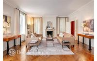 907 Fifth Avenue #9B