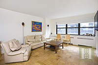 StreetEasy: 205 West End Ave. #3T - Co-op Apartment Sale at Lincoln Towers in Lincoln Square, Manhattan
