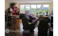 3935 Blackstone Avenue #7E
