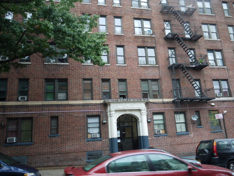 AMAZING BK MUSEUM 3BR *1 MO FREE RENT WITH AN APPROVED 18 MO LEASE