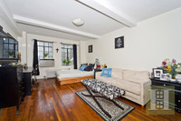 StreetEasy: 320 East 42nd St. #1512 - Co-op Apartment Sale at Woodstock Tower in Murray Hill, Manhattan